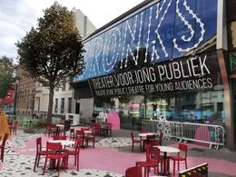 Bronks, theater voor jong publiek, op de Varkensmarkt, op Autoloze Zondag van 20 september 2020