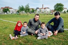Een gezin in het park aan de Ninoofsepoort
